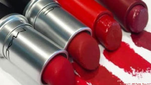 Free M.A.C Lipstick For National Lipstick Day
